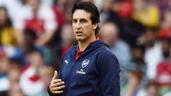 Unai Emery says players may leave Arsenal before window shuts