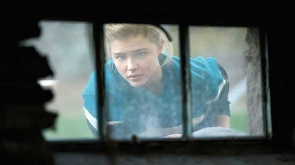 """The Miseducation of Cameron Post,"" Reviewed: An Empathetic But Unimaginative Tale of Gay Conversion Therapy 