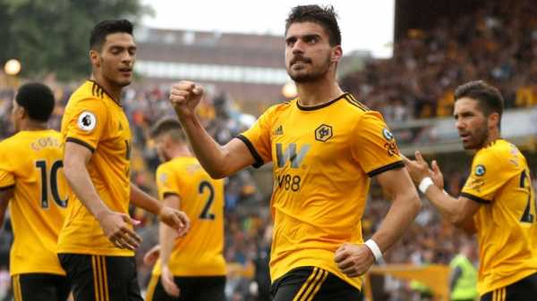 Wolves 2-2 Everton: Record crowd underlines Molineux optimism