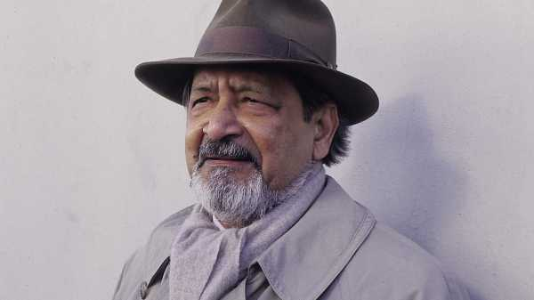 Reading Naipaul in Africa |