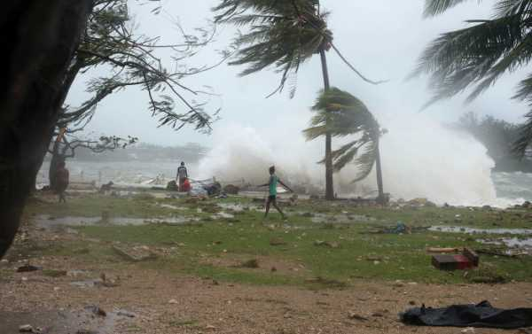 Severe Cyclone Titli Prompts Mass Evacuatons in Eastern India - Reports