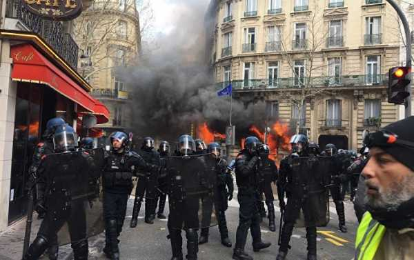 French Gov't Replaces Paris Police Head After Weekend of Yellow Vests Riots - PM