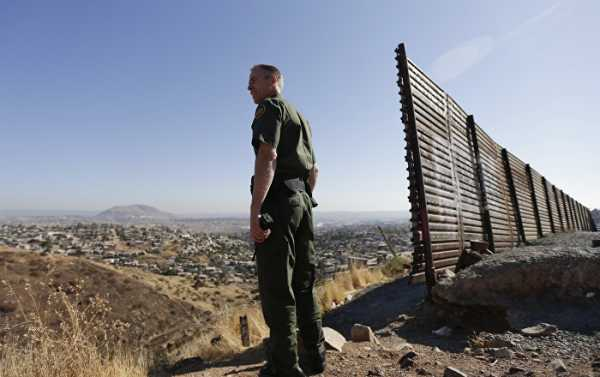 Pentagon to Withdraw Hundreds of Troops From US-Mexico Border